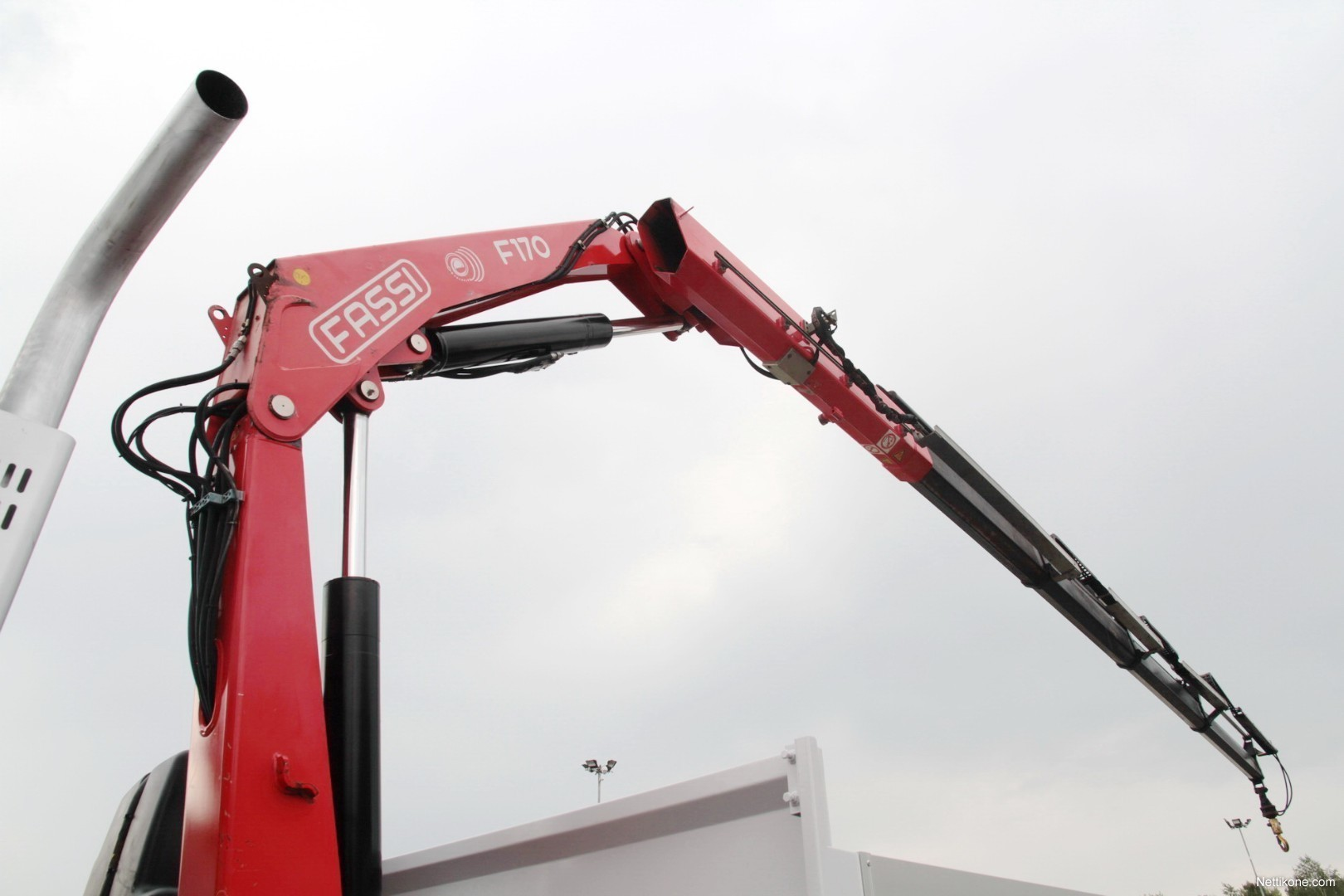 renault premium 6x4 crane fassi f170a 5 tons 20 europalets - Europalets