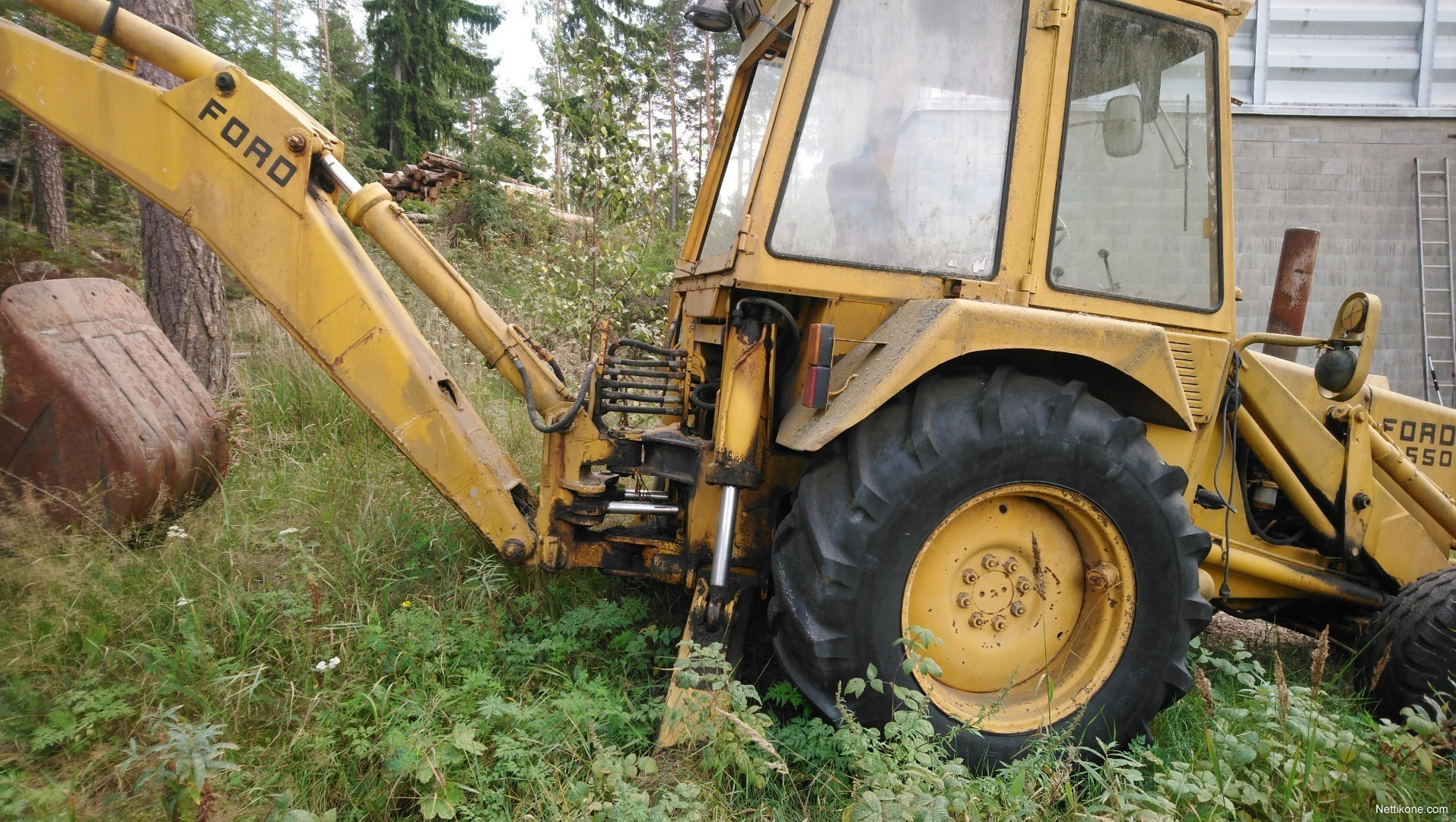 Backhoe loaders-Ford. Previous; Next