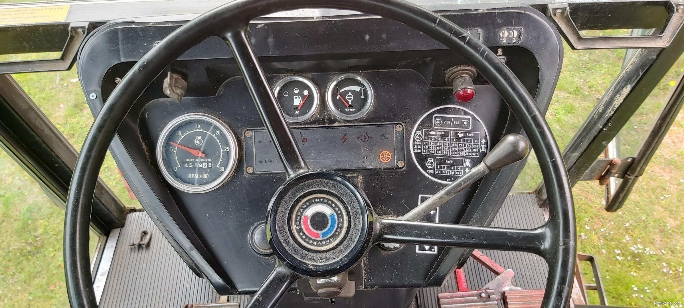 International 584 tractors, 1981 - Nettikone