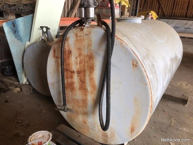 öljysäiliön Nokkavipuliitin Hinta