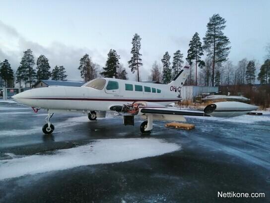 Myydään Lentokone Cessna